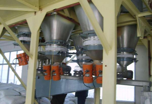 粉体工程自动化配料系统安装效果